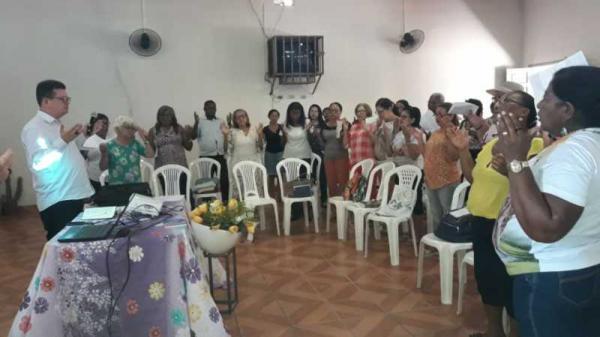 Paróquia da Sagrada Família promove curso para ministros da Santa Extraordinária Comunhão em Oeiras