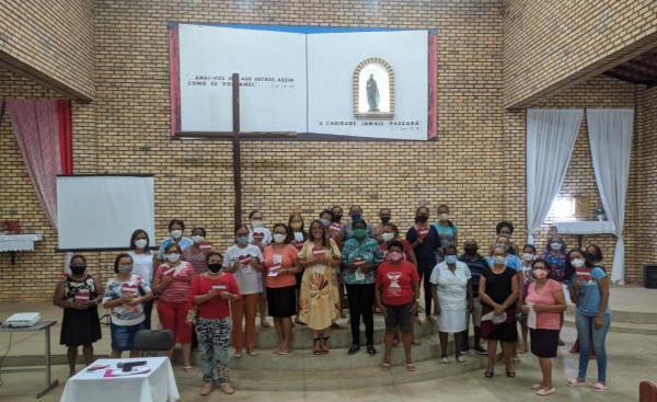 Confraria inicia preparação para o festejo do Sagrado Coração de Maria com encontro na Igreja de São Vicente