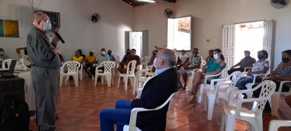 Moradores encontram-se para avaliação de caminhada no Loteamento Sagrada Família